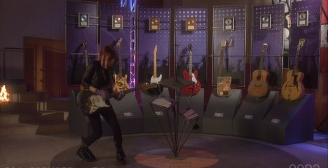 Warehouse 13 S3x01 Claudia rocks on Hendrix guitar