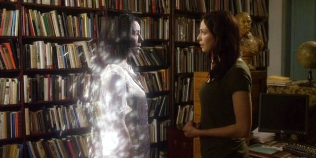 Warehouse 13 S3x01 H.G. Wells tells Myka via holographic interface