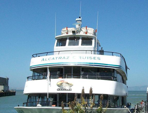 WormholeRider Whovian Takes Alcatraz-Tour!