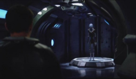 2010 SGU S1x11 Space Young sees the Alien