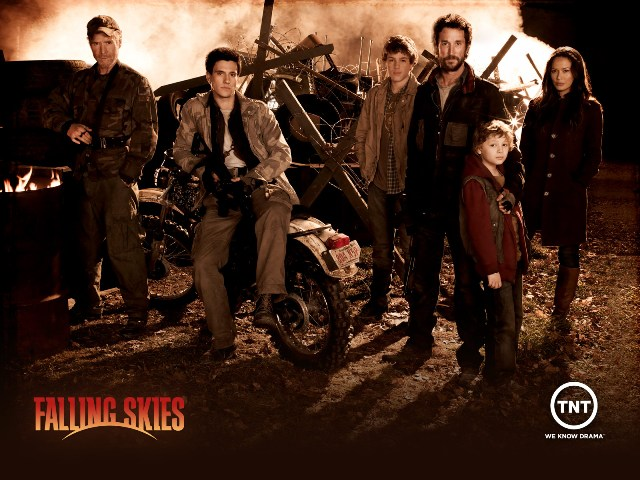 Falling Skies promo picture