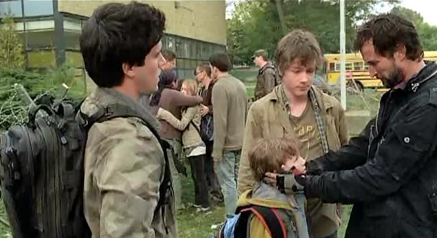 Falling Skies S1x06 - The Mason family together!