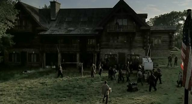 Falling Skies S1x06 - A suspcious home Clayton uses!